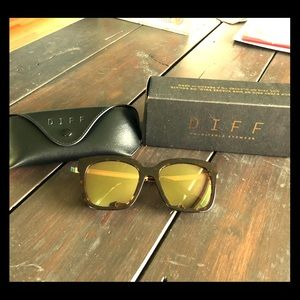 Diff Eyewear Bella Tortoise Gold Sunglasses